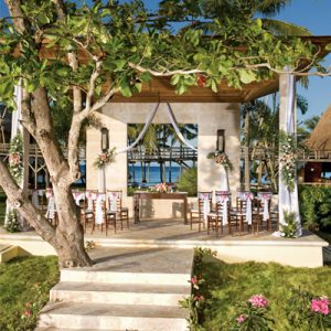 Beach Weddings Abroad Dominican Republic Weddings Thumbnail