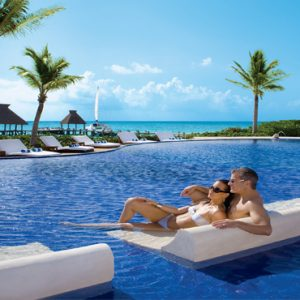 Beach Weddings Abroad Mexico Weddings Couple Relaxing In Pool