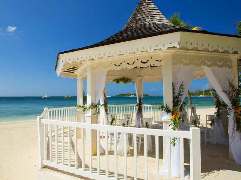 Oceanfront Gazebo The Ultimate Guide To Getting Married At Sandals Resorts Caribbean Weddings