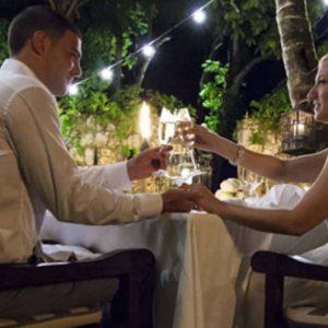 Beach Weddings Abroad Seychelles Weddings Wedding Couple Dining