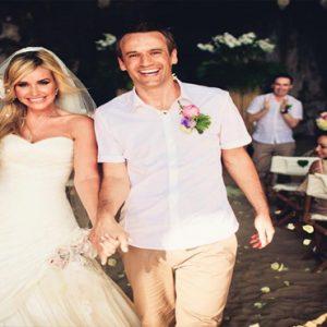 Beach Weddings Abroad Thailand Weddings Bride And Groom Just Married