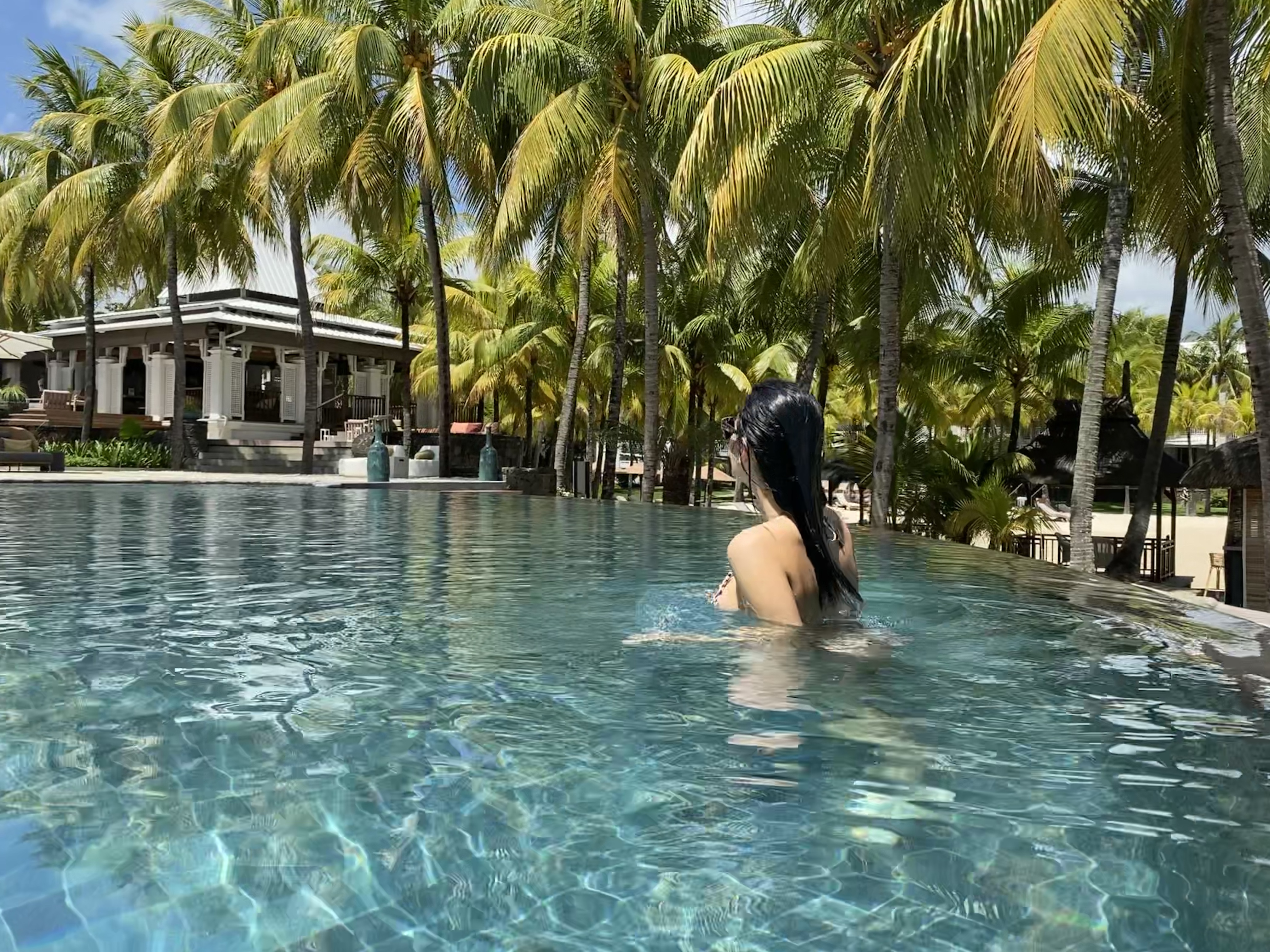 paradise cove pool - real wedding review in Mauritius